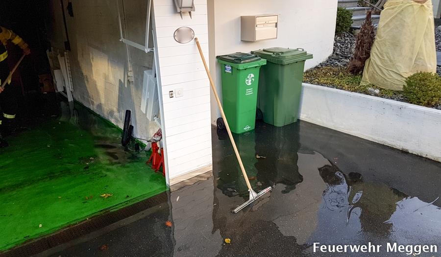 Wasser in der garage for Abwasserleitung verstopft